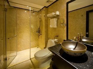 Oriental Central Hotel3
