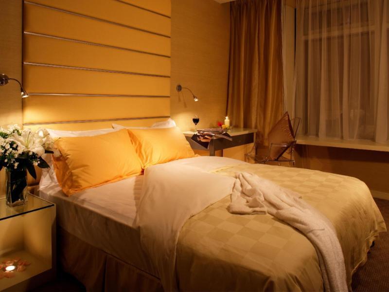 コスモ ホテル ホンコン