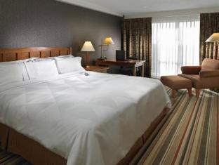 Clarion Hotel And Conference Centre Calgary (AB) - Guest Room