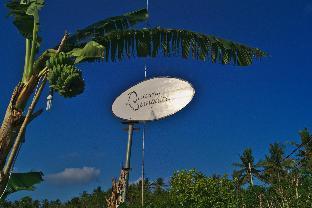 Jl. Crystal Bay, Desa Saki, Kecamatan Nusa Penida