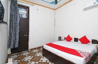 OYO 23121 Hotel 4 U Алвар