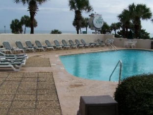 Ocean Forest Plaza Hotel Myrtle Beach (SC) - Pool Area