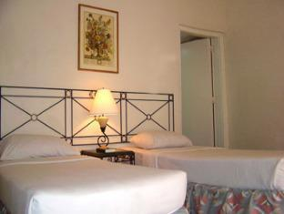 Caylabne Bay Resort Cavite - Guest Room