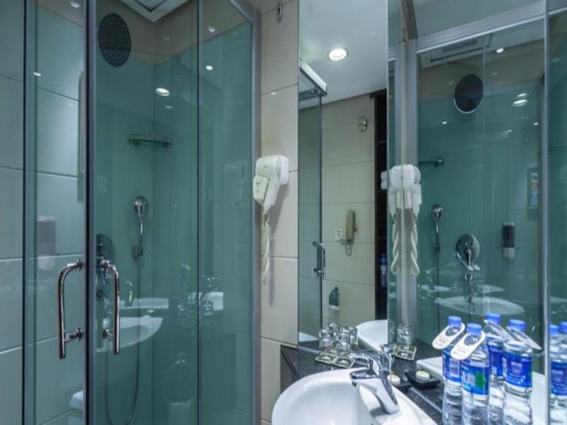China Hotel Accommodation Cheap | Bathroom