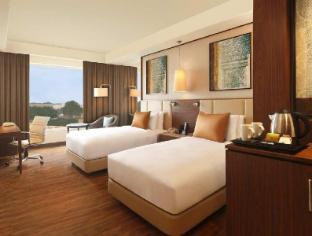 Doubletree by Hilton Hotel Agra Агра