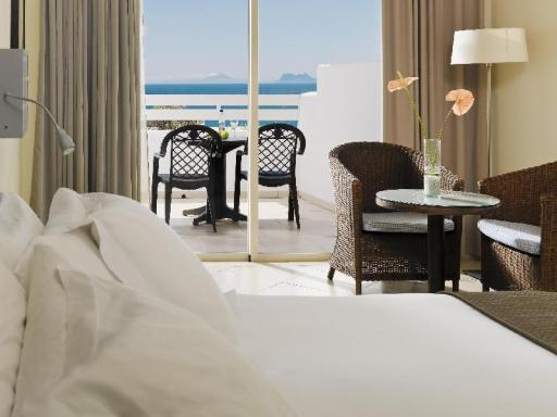H10 Estepona Palace Hotel hotel accepts paypal in Estepona