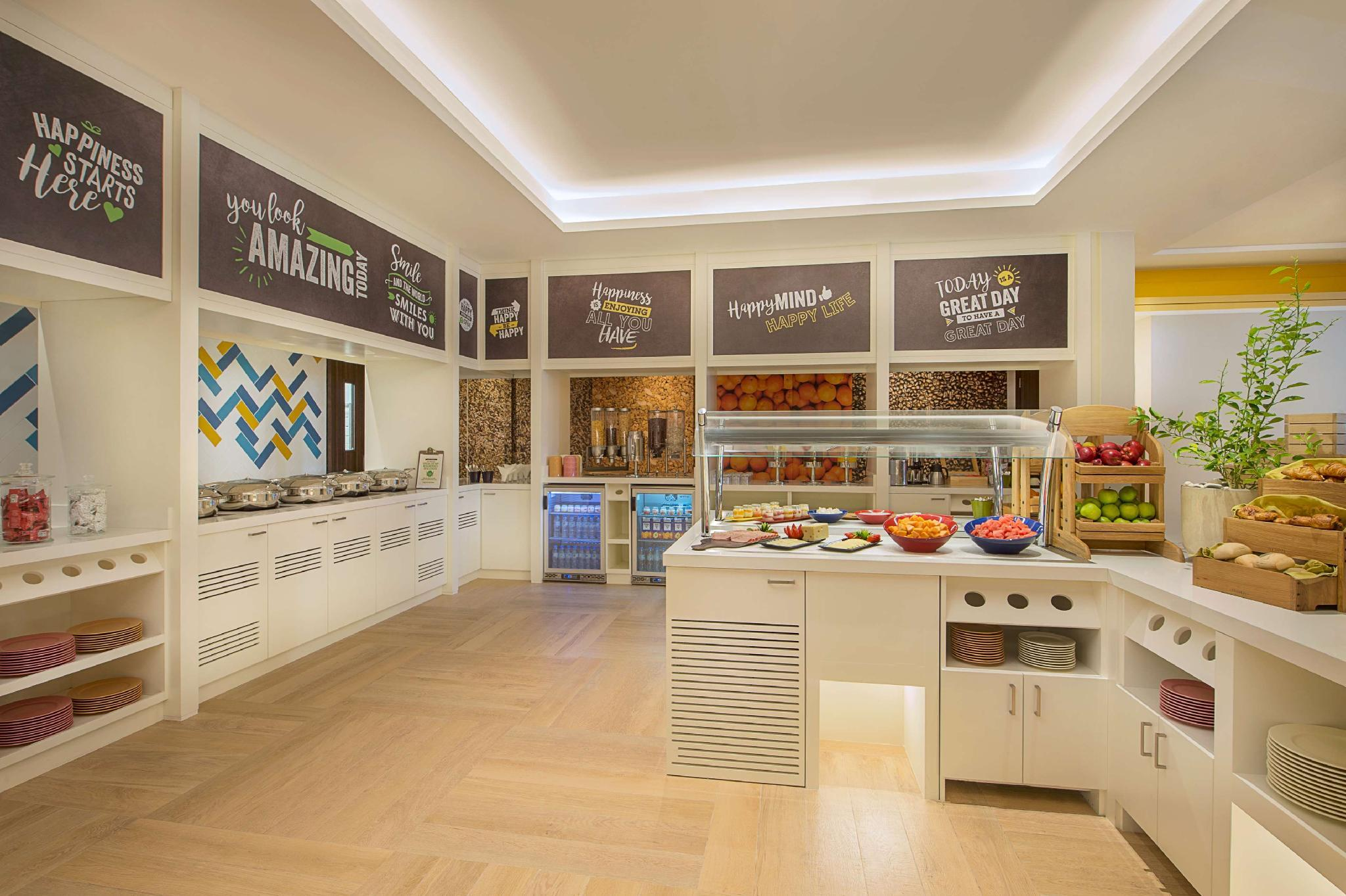 Hampton by Hilton Dubai Airport – Dubai 5