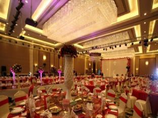 Anyang Huaqiang Jianguo Hotel