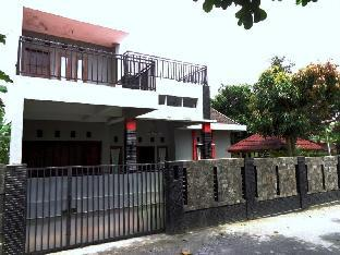 Vacation Home Griya Pandega