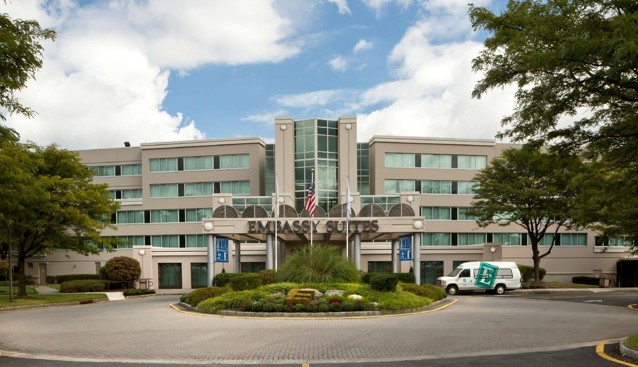 Embassy Suites Parsippany Hotel image