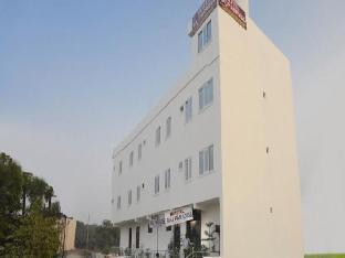Hotel Raj Paradise Агра