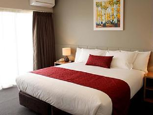 Best PayPal Hotel in ➦ Mulwala: DBJ Holiday Units