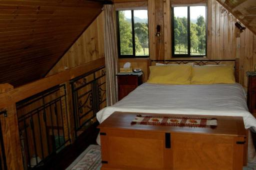 Best PayPal Hotel in ➦ Gembrook: