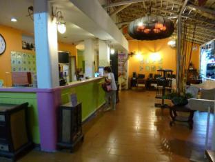 Sawasdee Smile Inn Hotel Bangkok - 24 Hours Reception