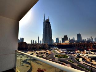 Burj Al Nujoom Downtown Holiday Apartment