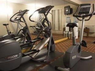 Quality Hotel & Suites Toronto Airport East Toronto (ON) - Fitness Room