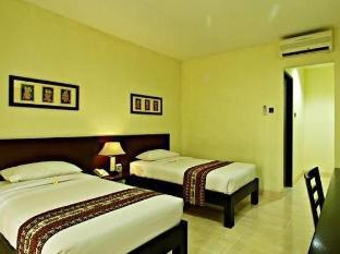 Legong Keraton Beach Hotel Bali - Guest Room