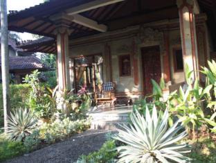 Rambutan Lovina Hotel Bali - Sviitti