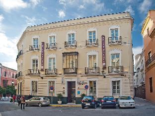 プチ パレス サンタ クルス ホテル