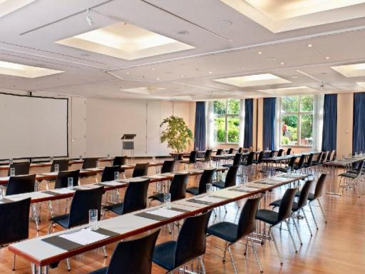 Best guest rating in Radebeul ➦ West Hotel Dresden-Radebeul takes PayPal