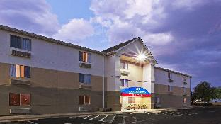 Booking Now ! Candlewood Suites Wichita-Northeast