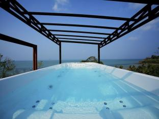 BYG Grand Sea View Villa @ Siray Beach