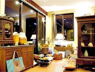 Rising Sun Residence Hotel Пукет - Магазини