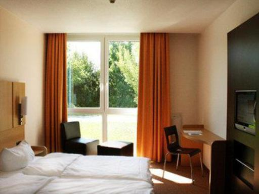 Grand City Hotels and Resorts Hotel in ➦ Mildensee ➦ accepts PayPal