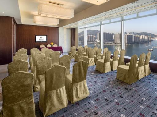 Best guest rating in Hong Kong ➦ Regal Riverside Hotel takes PayPal