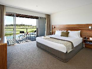Pullman Magenta Shores Resort PayPal Hotel Central Coast
