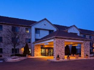 La Quinta Inn Delafield Hotel