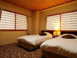 白马山之酒店 image