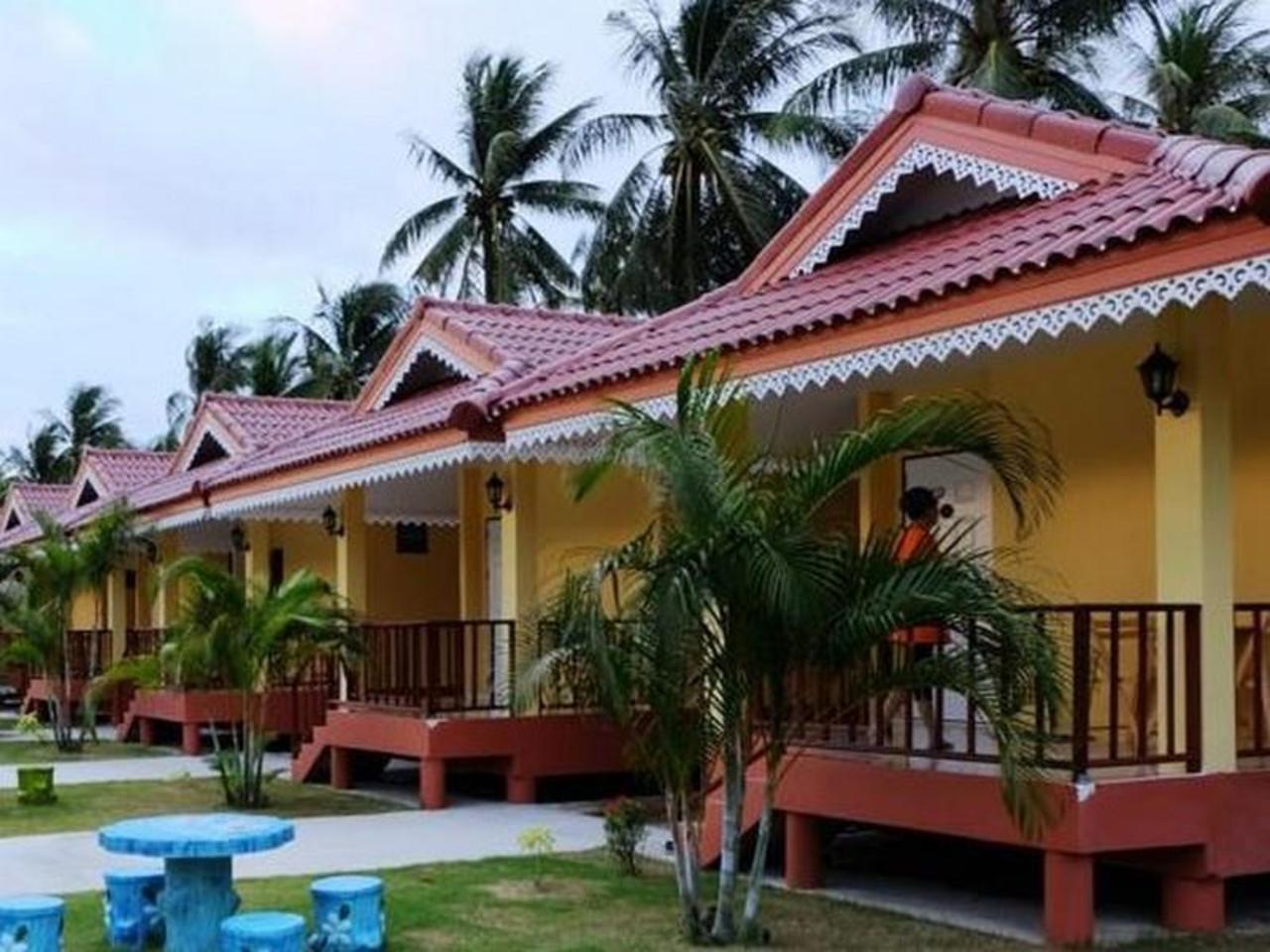 ดินสอ รีสอร์ท (Dinsor Resort)