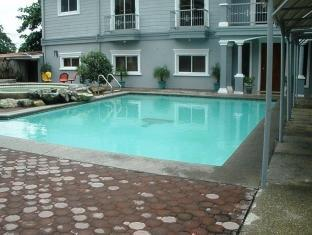 Northview Hotel Laoag - Swimmingpool