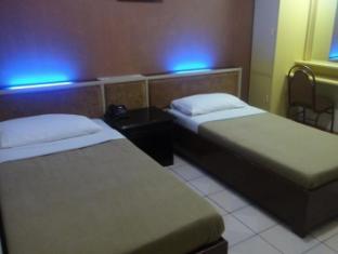 Northview Hotel Laoag - Gjesterom