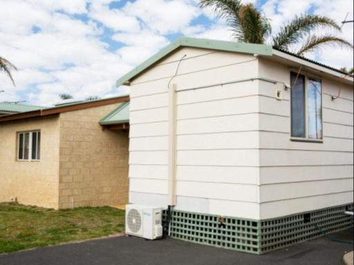 ➦  Discovery Holiday Parks    (Western Australia) customer rating