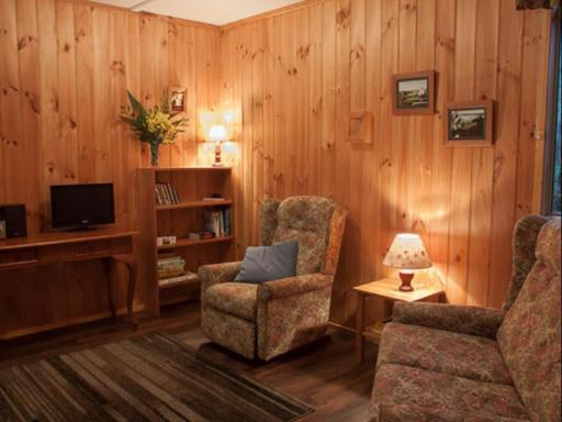 Best guest rating in Balingup ➦ Balingup Jalbrook Cottages takes PayPal