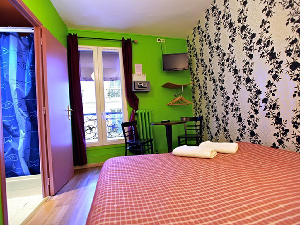 Caulaincourt Square Boutique Hostel – Paris 2