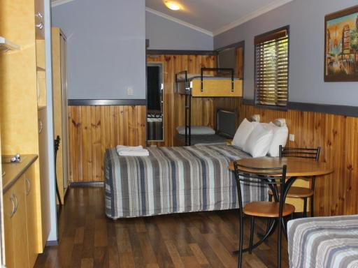 BIG 4 Aussie Outback Oasis Cabin and Van Village  hotel accepts paypal in Charters Towers