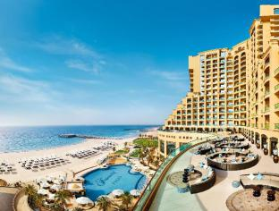 ➦  Fairmont Raffles Hotels International    (Ajman) customer rating