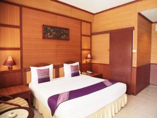 Sabai Lodge Hotel Pattaya - Deluxe C Double Bed
