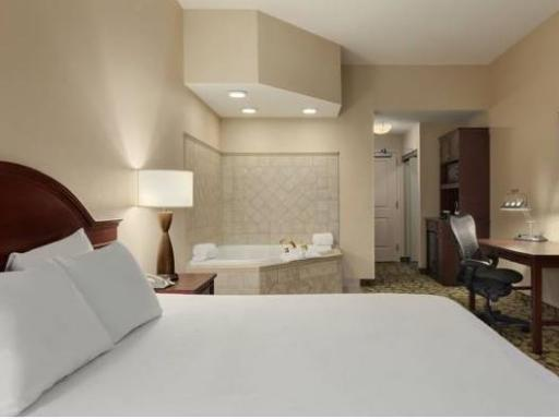 Hilton Garden Inn Wisconsin Dells hotel accepts paypal in Wisconsin Dells (WI)