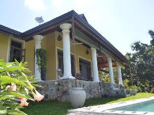 Villa Tee Four