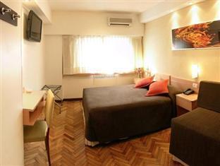 Sarmiento Palace Hotel Buenos Aires - Quad Room