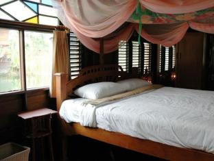 Mom Chailai River Retreat Hotel Nakhon Pathom - Guest Room