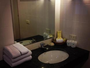 Leelawadee Lagoon Resort Pattaya - Bathroom