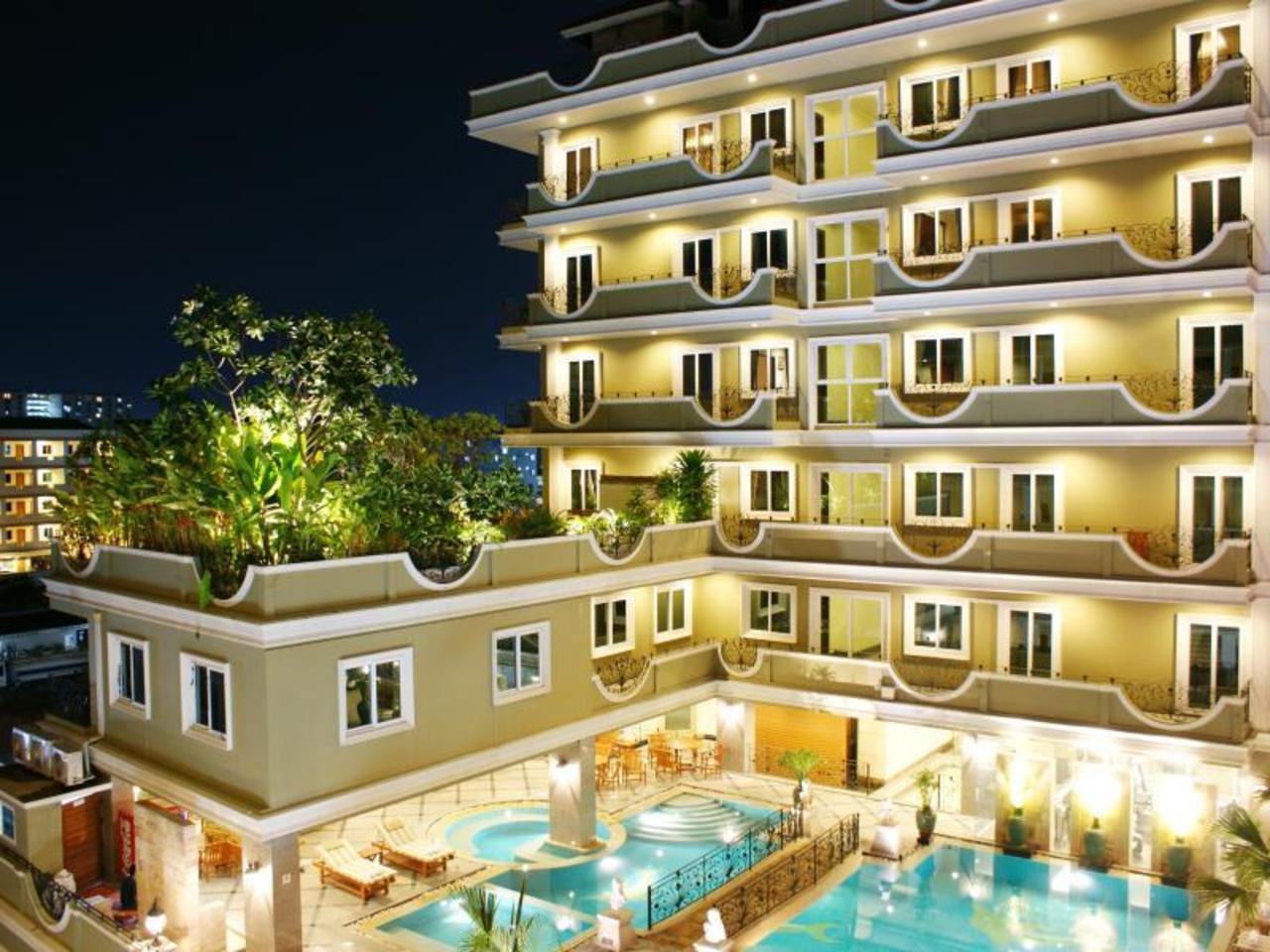 โรงแรมแอลเค รอยัล สวีท (LK Royal Suite Hotel)