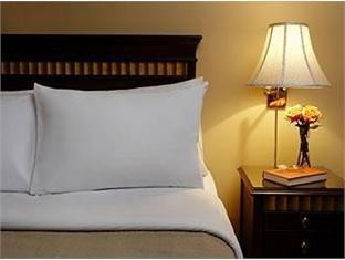 Rosellen Suites At Stanley Park Hotel Vancouver (BC) - Guest Room