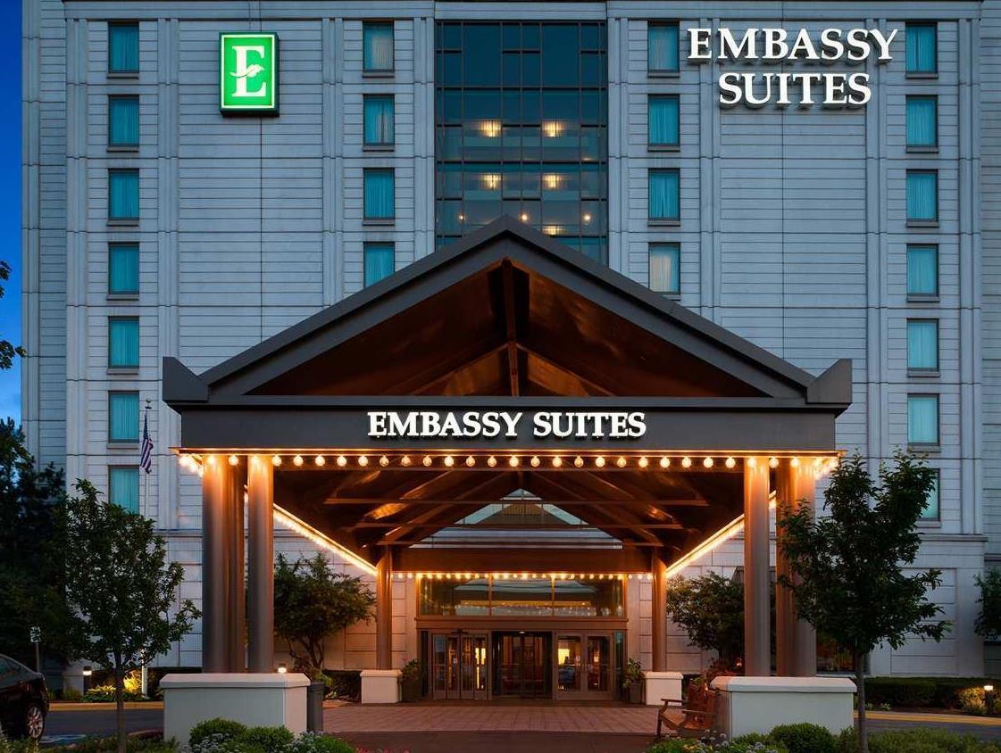 Embassy Suites Chicago Lombard Oak Brook Hotel image