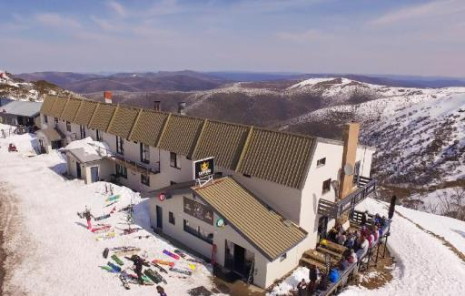 Snowbird Inn Mount Hotham takes PayPal